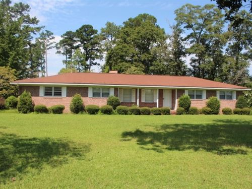 Country Home With Pool : Cochran : Bleckley County : Georgia