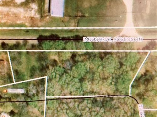 1.6 Ac Lot Zoned Residential WI : West Point : Clay County : Mississippi