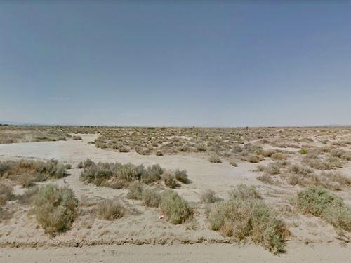 5.16 Acres In Lancaster, CA : Lancaster : Los Angeles County : California