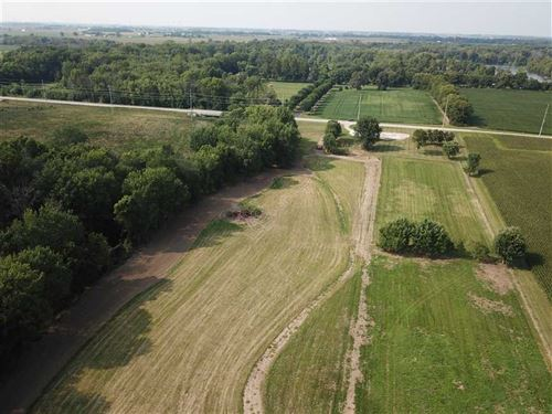 13 Acre Private Setting Along Pipe : Frankton : Madison County : Indiana