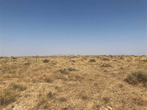 10 Acres of Vacant Land in Greybul : Greybull : Park County : Wyoming