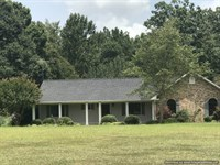 Updated Home Desirably Located : Brookhaven : Lincoln County : Mississippi