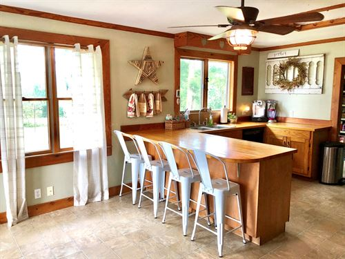 Country Home in Central MO : Armstrong : Howard County : Missouri