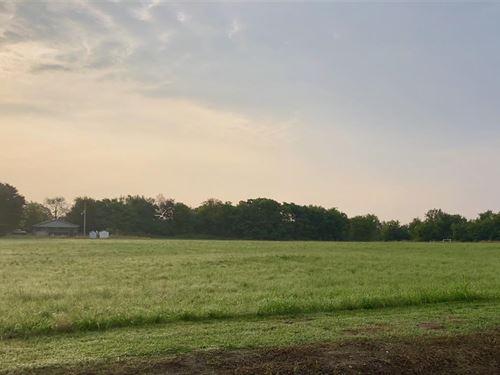 5 M/L Acres : Tahlequah : Cherokee County : Oklahoma