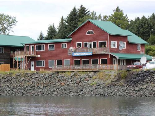 Commercial Restaurant With Lodging : Seldovia : Kenai Peninsula Borough : Alaska