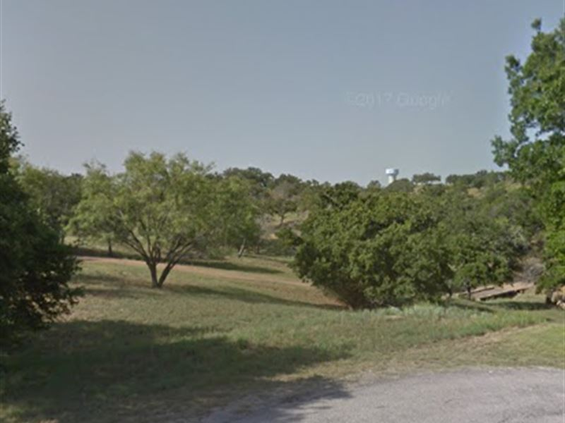 .26 Acres On Resort Golf Course : Horseshoe Bay : Llano County : Texas