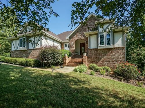 Perfectly Maintained Home On 8+ Ac : Forsyth : Monroe County : Georgia
