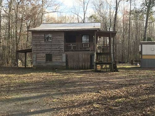 Rustic Cabin Located in Boligee : Boligee : Greene County : Alabama