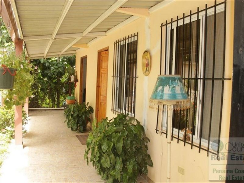 House Gorgona Potential B&B Hostal : Panama