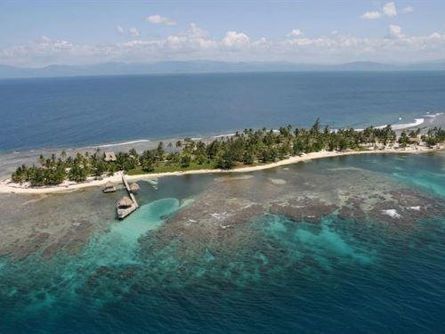 Caribbean Island Paradise House : Cayos Cochinos : Honduras