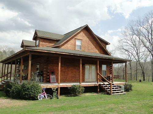 Arkansas Log Home On White River : Batesville : Independence County : Arkansas