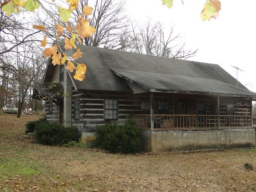 Arkansas Log Home With Acreage : Evening Shade : Sharp County : Arkansas