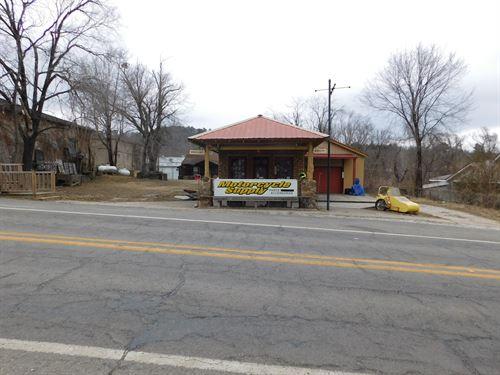 Commercial Building, Jasper, Little : Jasper : Newton County : Arkansas