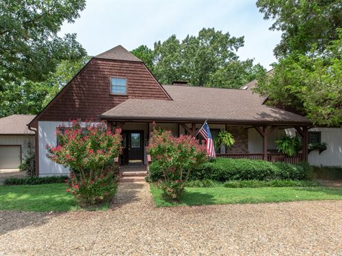 Country Estate Only Minutes From : Mena : Polk County : Arkansas