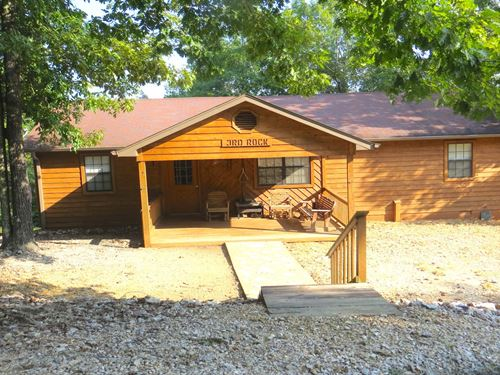 Creek Front Home/Cabin On 3 Acres : Mammoth Spring : Fulton County : Arkansas