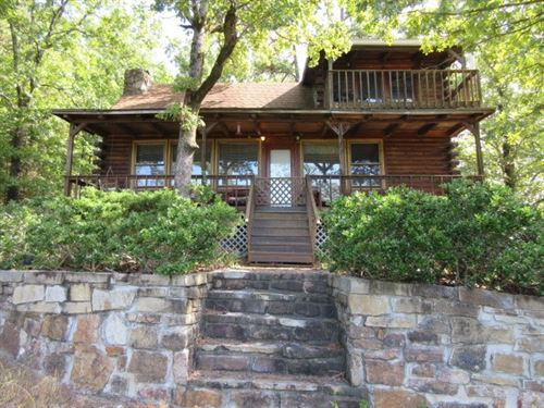 Lake Front Log Cabin With Acreage : Shirley : Van Buren County : Arkansas