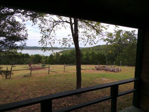 Overlooking Sunset Cove Bull Shoals : Yellville : Marion County : Arkansas