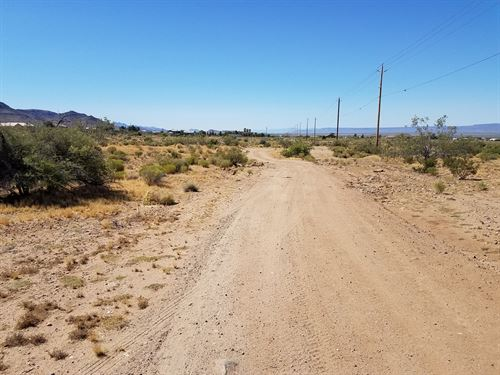 Property in Golden Valley, AZ : Golden Valley : Mohave County : Arizona