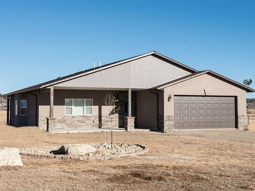 Home Acreage, Mountain Views : Cortez : Montezuma County : Colorado