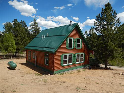 Log Cabin at Eleven Mile Reservoir : Lake George : Park County : Colorado