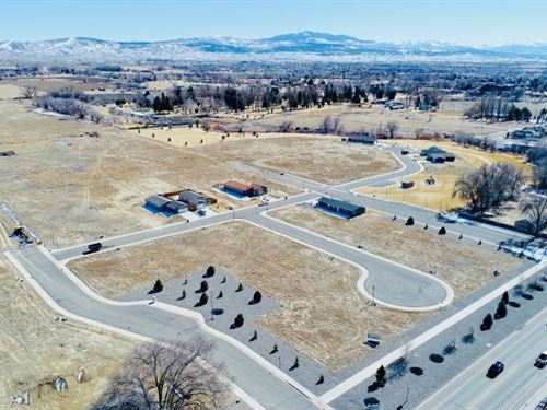 Land Newer Sudivision Montrose : Montrose : Colorado