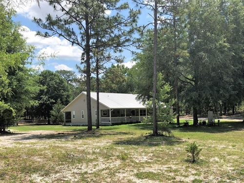 Country Home on Acreage : Bell : Gilchrist County : Florida