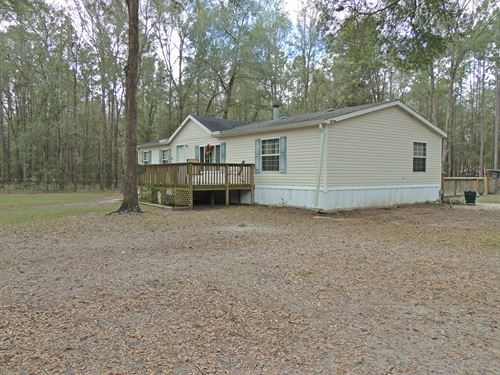 Heated Pool, Pole Barn And Workshop : High Springs : Gilchrist County : Florida