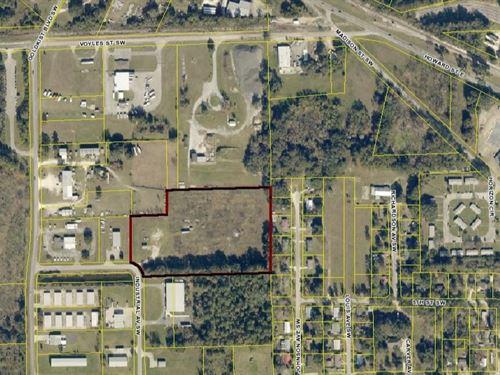 Industrial Lot in Live Oak, FL : Live Oak : Suwannee County : Florida