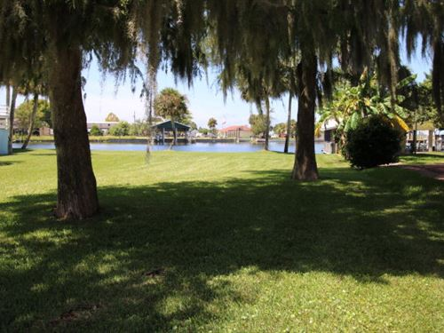 Waterfront Lot Suwannee Florida : Suwannee : Dixie County : Florida