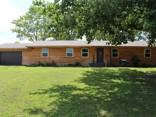 Ozarks Country Home Acreage Rental : Cabool : Texas County : Missouri