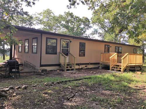 Country Home on 5 Acres Near Town : Collins : Saint Clair County : Missouri