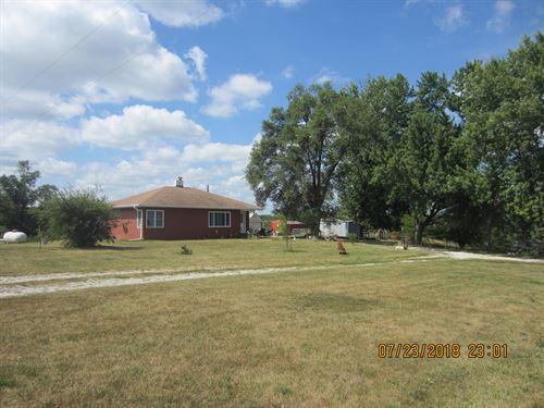 Country Home Small Acreage : Novinger : Putnam County : Missouri