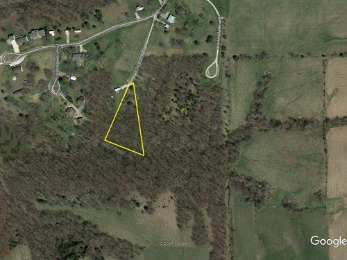 Great Access Lot Lake Thunderhead : Unionville : Putnam County : Missouri