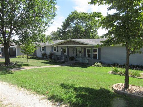Equestrian Property Cape Girardeau : Jackson : Cape Girardeau County : Missouri