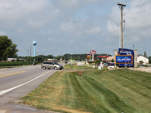 1.8 AC M/L Commercial Lot Winfield : Winfield : Lincoln County : Missouri