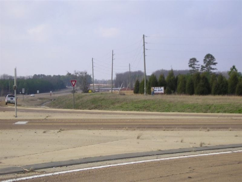 2.1 Acres Of Commercial Property : Brooksville : Noxubee County : Mississippi