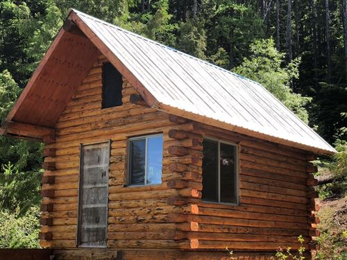 Off Grid Sustainable Log Cabin : Libby : Lincoln County : Montana