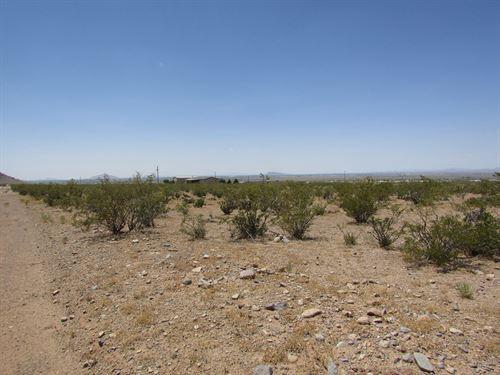 1 Acres Base Florida Mountains : Deming : Luna County : New Mexico