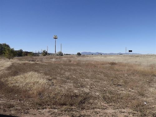 Commercial Land I40 Visibility : Moriarty : Torrance County : New Mexico