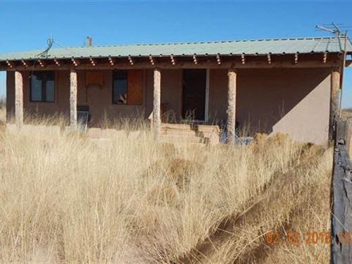 Three Bedroom Home in Need Updates : Tularosa : Otero County : New Mexico