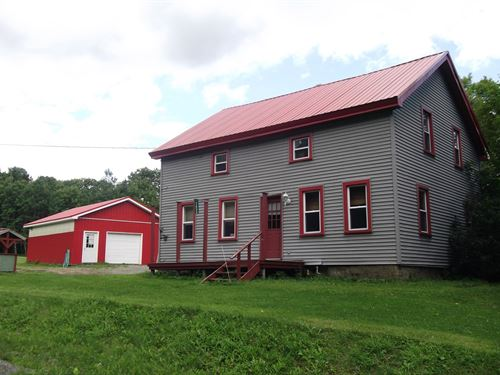 Country Home On 3.26 Surveyed Acres : Bainbridge : Delaware County : New York