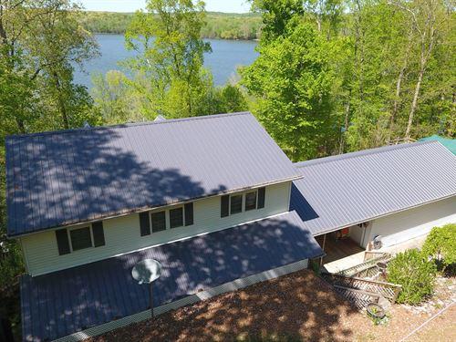 TN River/Kentucky Lake Waterfront : Camden : Benton County : Tennessee