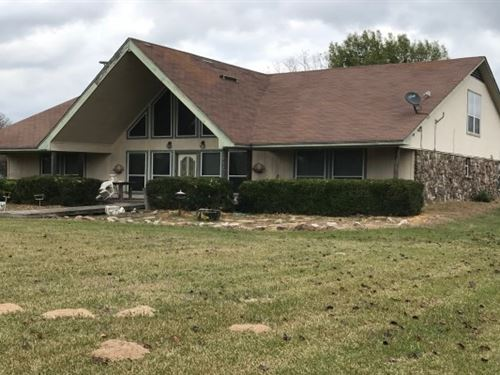 Country Home On 14+ Acres : De Kalb : Bowie County : Texas