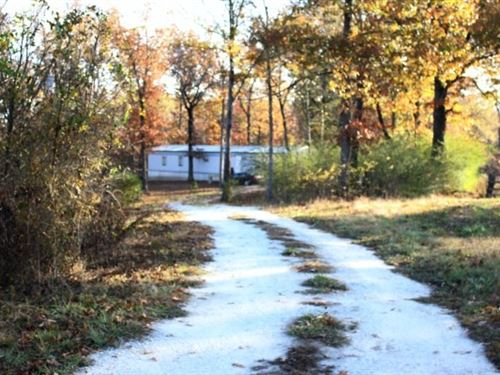 Residential / Hunting Property : De Kalb : Bowie County : Texas