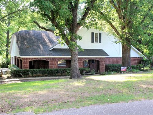 Custom Brick Home Frankston Isd : Frankston : Anderson County : Texas