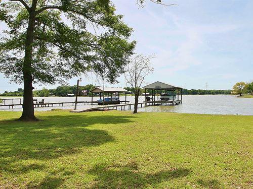 Home Lake Limestone, Groesbeck, TX : Groesbeck : Limestone County : Texas