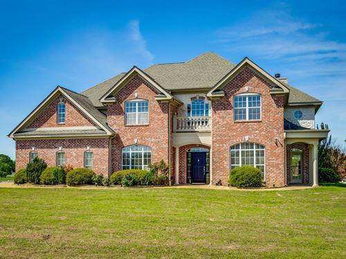 Custom Home East Texas, Shop, Pool : Mount Vernon : Franklin County : Texas