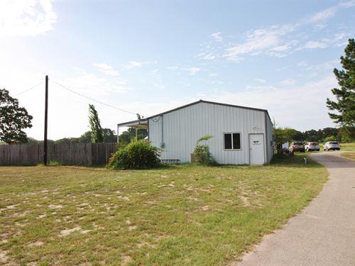 RV Park Buffalo, Leon County, Texas : Oakwood : Leon County : Texas