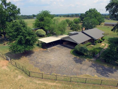East Tx Country Home & Acreage : Poynor : Henderson County : Texas