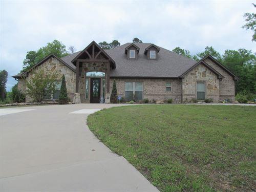 Custom East Texas Home Acreage : Winnsboro : Wood County : Texas